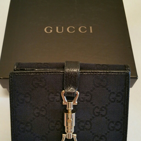 3333ddbf1ac3 GUCCI Handbags - GUCCI Jackie Women's Hook Folio Bifold Wallet